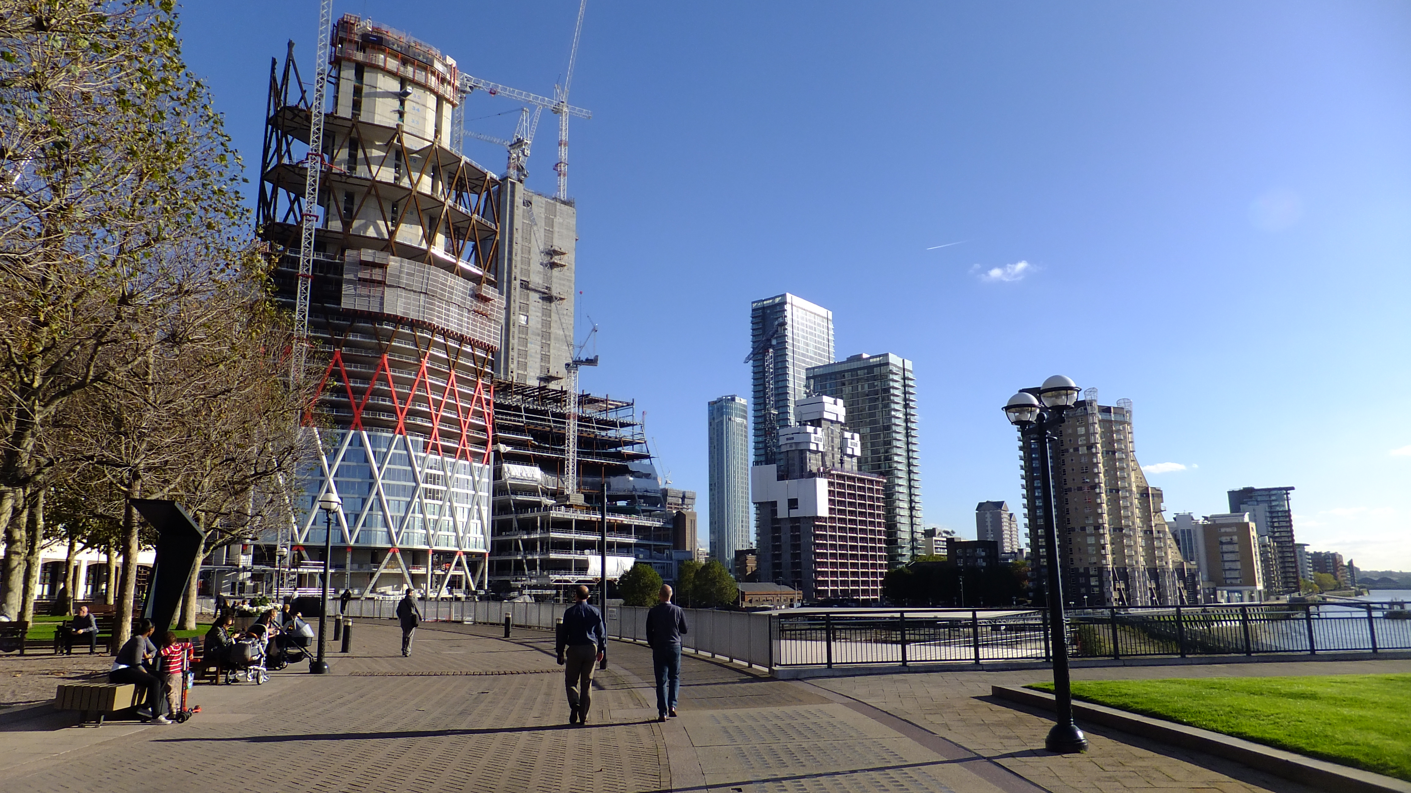 Canary Wharf update as numerous towers rise