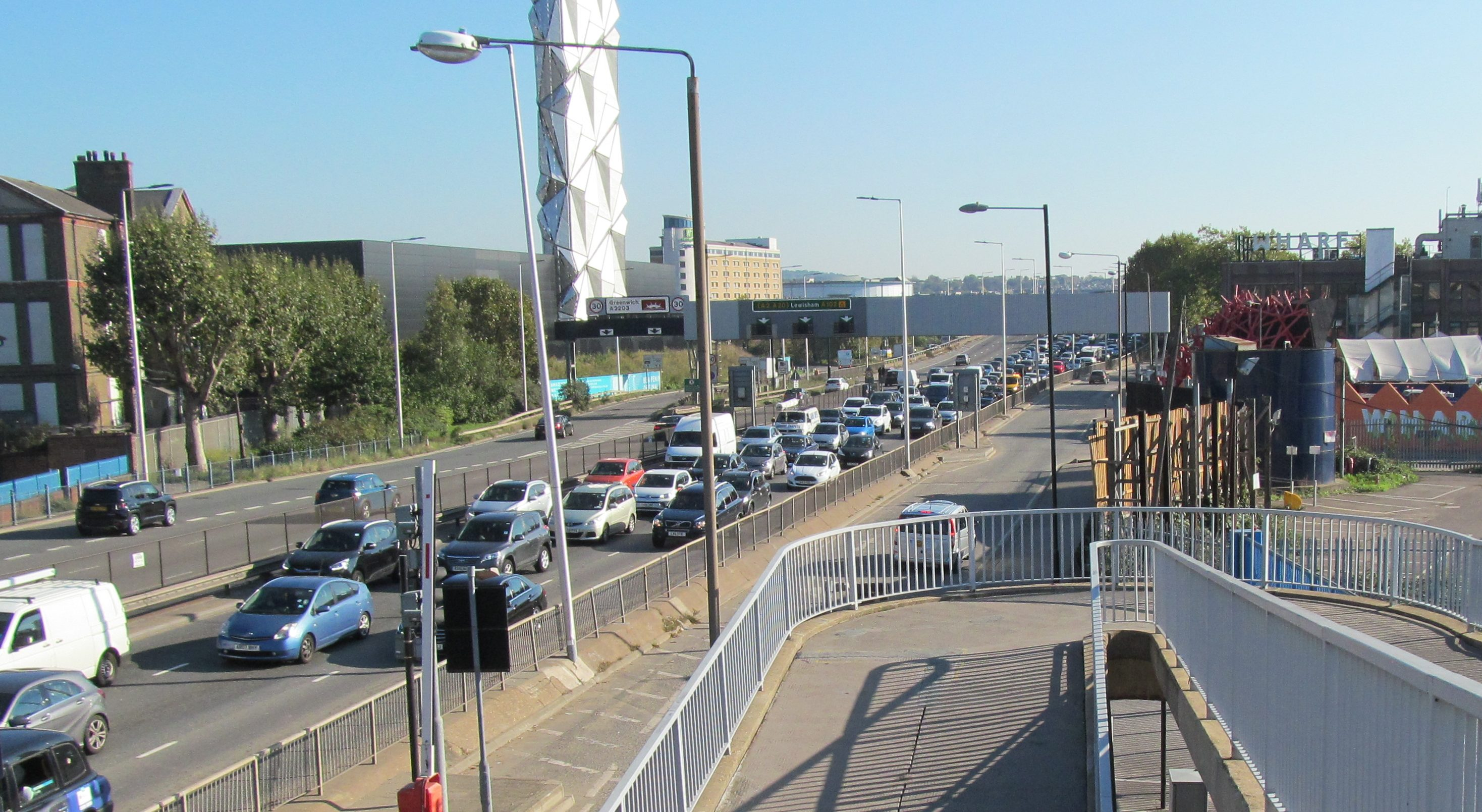 Barrier fault closes Blackwall Tunnel