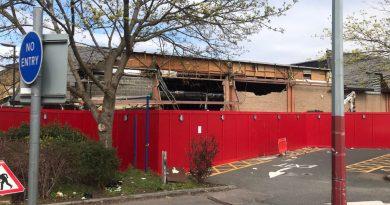 Woolwich Wilko being demolished