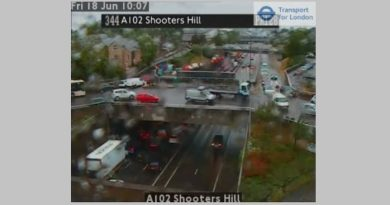 Greenwich gridlock after Blackwall Tunnel flooding