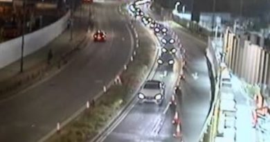 Greenwich road narrowing for Silvertown Tunnel delays buses